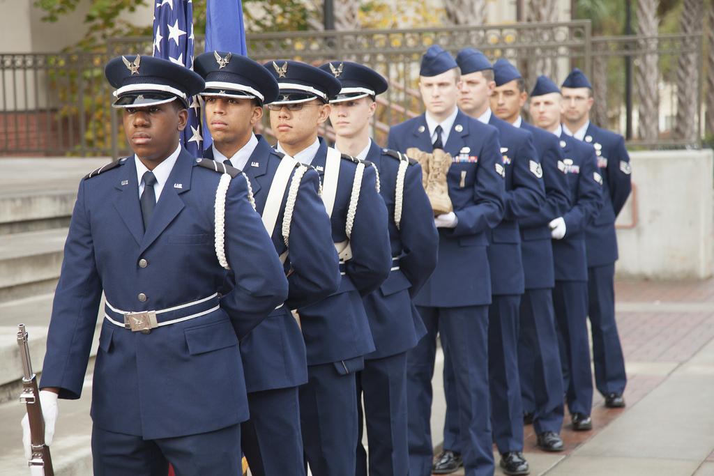 VSU ROTC members honor veterans